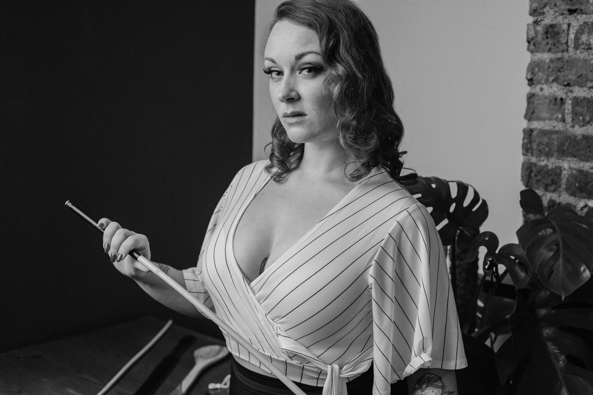 caning expert england